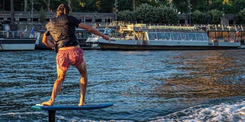 SURF IN PARIS